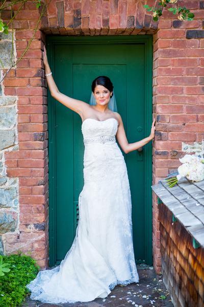 Lisa & Nolan - Real Weddings Magazine